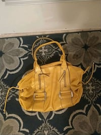 Coach leather ware  1818 mi