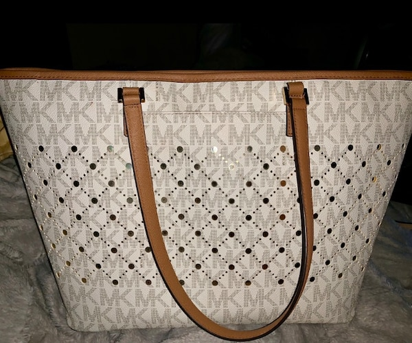 d80d49f967b7e4 Used Michael Kors Purse for sale in Rowlett - letgo
