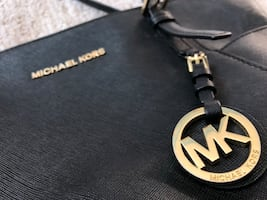 Michael Kors purse / bag