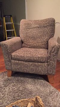 Cozy LAZY Boy Recliner! Annandale, 22003