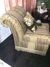 beige and brown fabric-padded chair Brampton, L6P