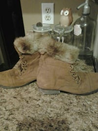Fur and suede leather boots