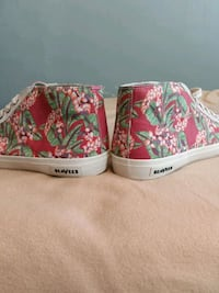 SeaVees flower edition (size 11.5)