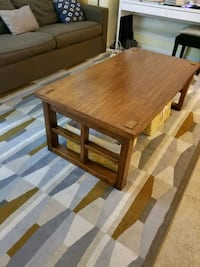 Wooden coffee table & end table set Oxon Hill, 20745