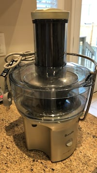 Gray and black breville blender Vaughan, L4H 3W9