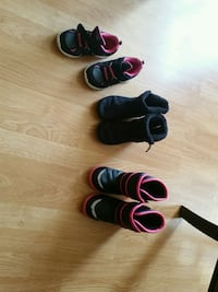 three pairs of assorted shoes kids size 11 girls  Plainfield, 60544