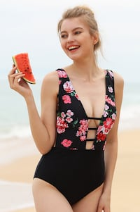 *Brand New* Black/Floral Onepiece Swimsuit/Swimwear