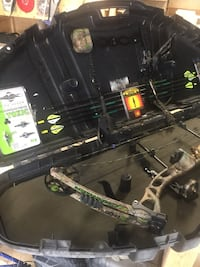 Charger Reflex bow and gear Edmonton, T5E 1V9
