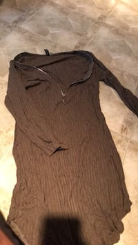 women's gray long-sleeved dress Silver Spring, 20902