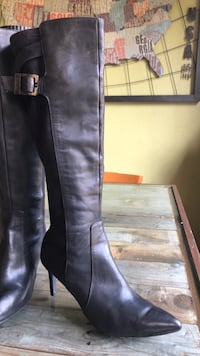 Leather Boots (kelvin Klein) size 7.5 Bedford, 76021