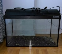 Waterhome aquarium. Excellent condition. Has all the wires to connect the light. Côte Saint-Luc