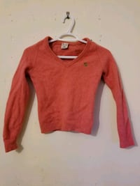 Bright pink v-neck sweater Greater London, N1 6BY