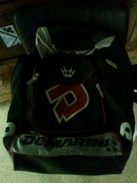 Back pack Mount Airy, 21771