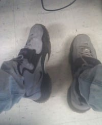 pair of black Nike basketball shoes Annandale, 22003