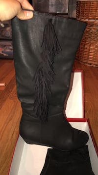 Pair of black leather boots Hernando, 38632