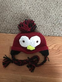 Kids large penguin hat  St. Clair Shores, 48082