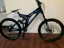 Norco V25Men's Downhill Mountain Bike