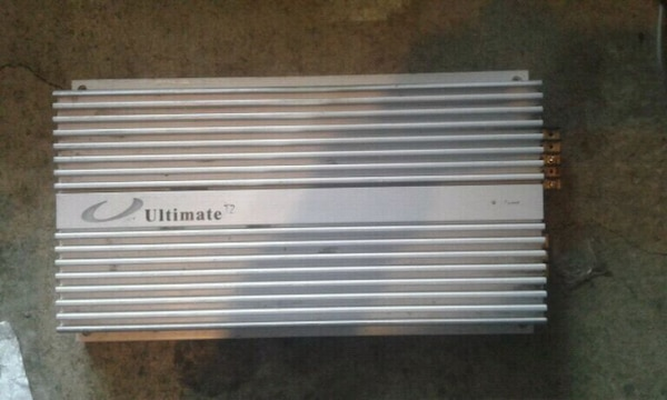 Amplifaer Ultimate T2 5450. 200$ - or make me offe