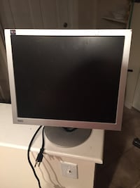 17 inch computer monitor Spring Hill, 37174