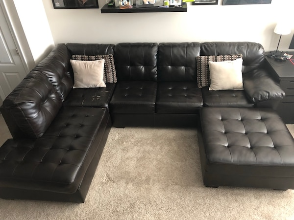 Alliston DuraBlend Chocolate Sectional w/ Ottoman 464efe6e-cb83-48d0-bd09-625f4ff9474b