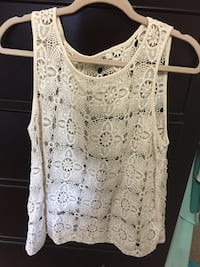 Size medium Forever 21 lace tank Saint Petersburg, 33716
