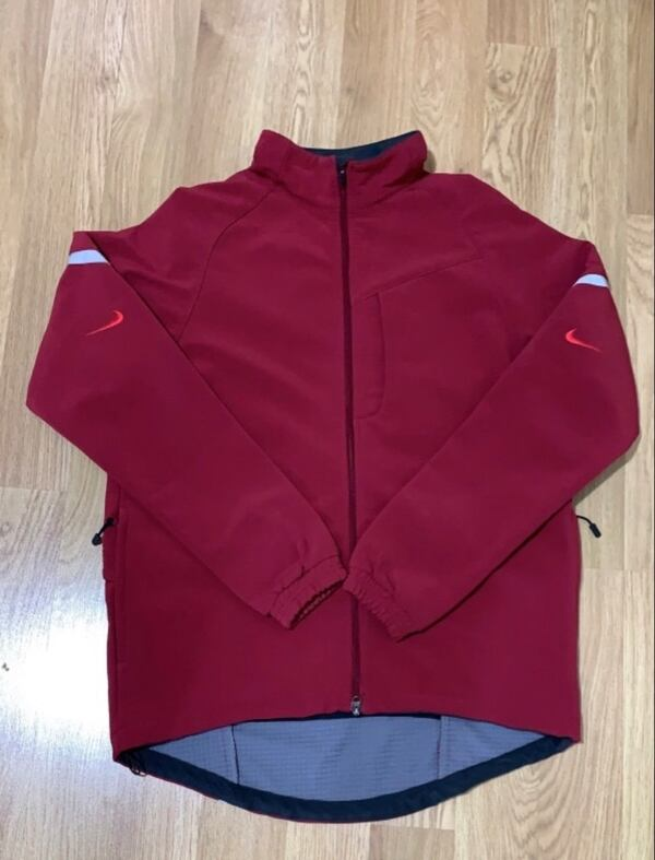 Nike Thermo-Cold Gear.  dri-fit mont. L beden bb008416-0a7a-4368-a000-1224e73c5ef1