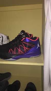 pair of blue-and-red Nike basketball shoes Niagara Falls, L2H 2Y5