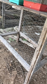 gray link brown wooden frame chicken coop South-West Oxford, N5C