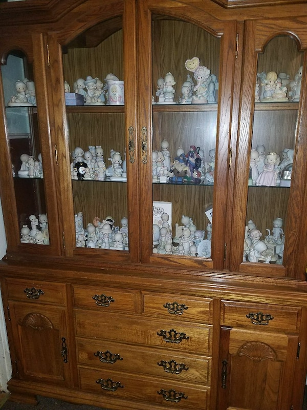 Precious Moments cabinet included