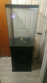 Fish tank with stand Fort Wayne, 46816