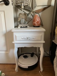 white wooden single drawer side table Toms River, 08753