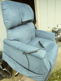 Golden technologies lift chair and recliner Troutdale, 97060