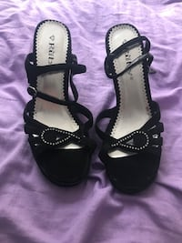 pair of black open-toe ankle strap heels Port Orchard, 98366