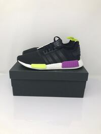 Adidas nmd spark purple sz 8.5 mens Maple Ridge, V2X 9V3
