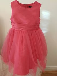 Hot pink girl dress size 5 Markham, L3R 0G2