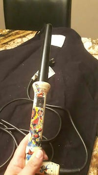 Ed Hardey curling iron, used a few times Ontario, M9V 3K2