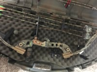Fred Bear rare left hand Compound bow with accessories Lindenwold, 08021