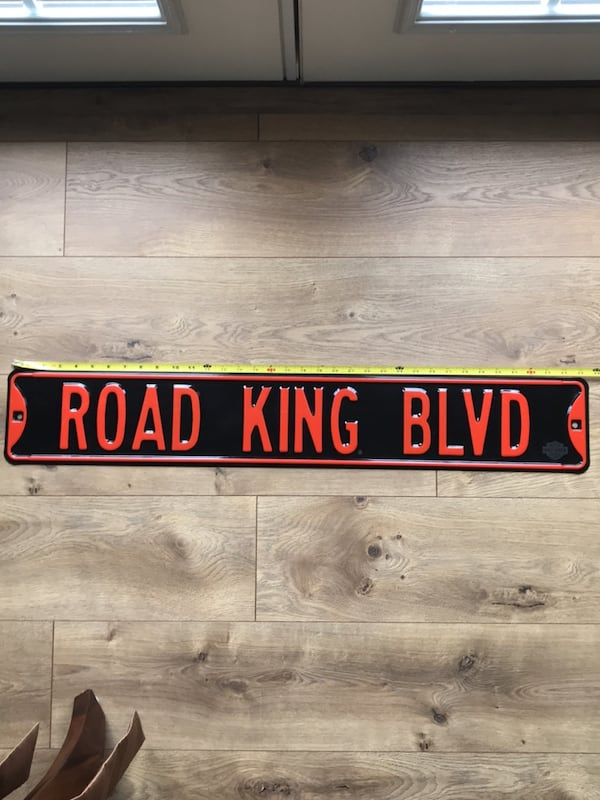 "Road King metal sign 35"" L 8d1bdef7-3763-4589-bb2f-fd7518a662ee"