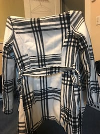 Black and white plaid coat size xs Muskegon Heights, 49444