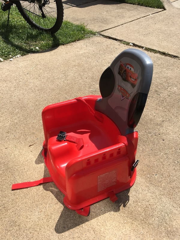 red Cars potty trainer 1