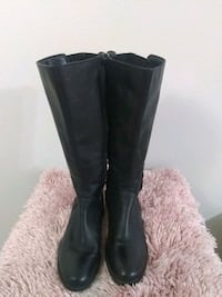 Comfortable Style & Co boots, buckle back/side, stretch calf p