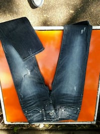 Womens Guess jeans  Minneapolis, 55428