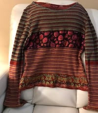 LOUISE DELLA HANDMADE COLORFUL SWEATER...MADE IN FRANCE  Arden, 28704
