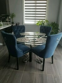 Round dining table for sale Brampton