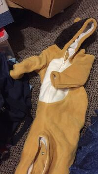 Brand new Baby gap size 2 lion costume. I paid over $48 US. Vaughan, L4J 5L7