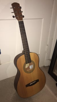 Flawless Acoustic Guitar (Negotiable)