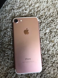 Rose gold iphone 7  Durham, 27707