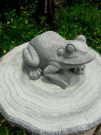Cement Large Frog Arlington, 76017