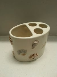Sea shell themed toothpaste/brush holder Toronto
