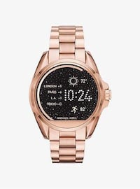 200 dllr Micheal Kors Smart Watch⌚)    1492 mi